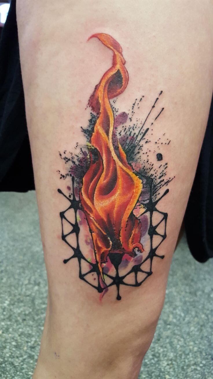 Cool-Flame-Watercolor-Tattoo-On-Triceps