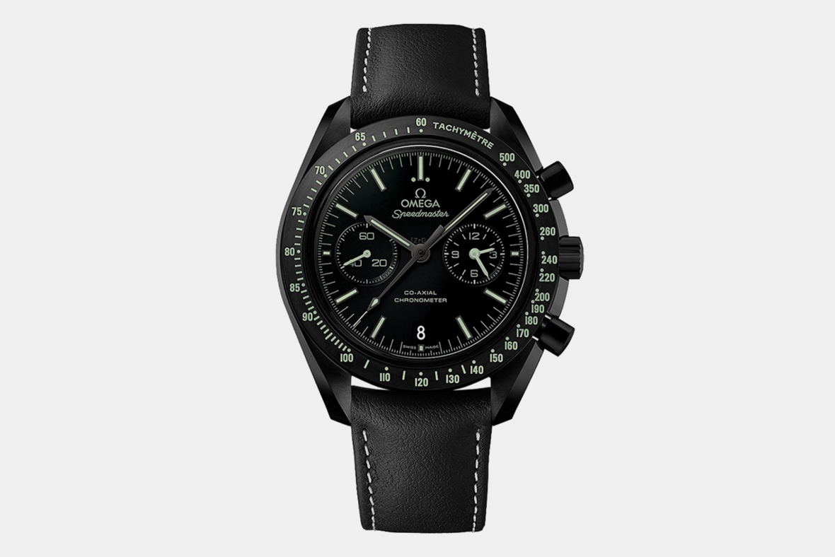 704d7c4563d79 The 15 Best All-Black Watches for Men | Improb