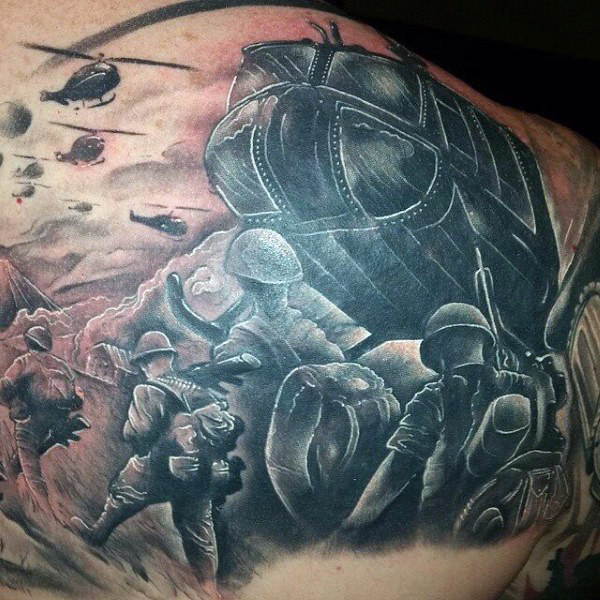 Back Tattoo of a Military Helicopter Flying Over the Warzones