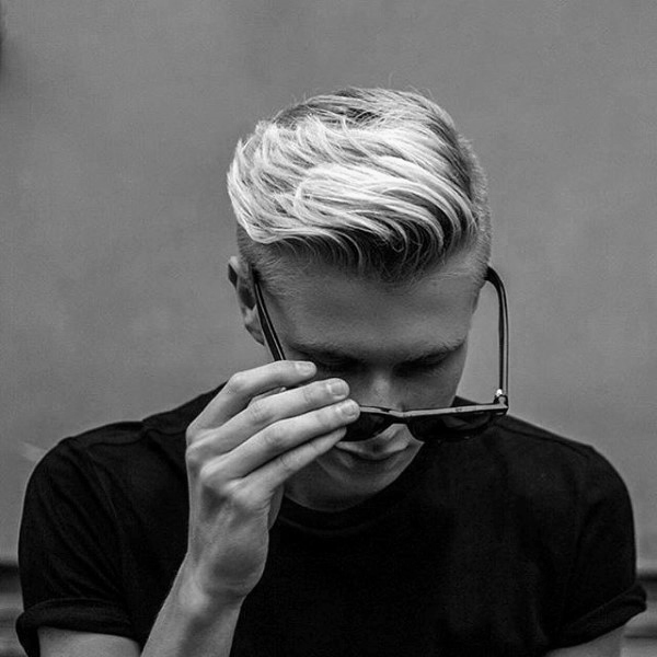 Short Thin Wavy Hairstyle for Blond Men